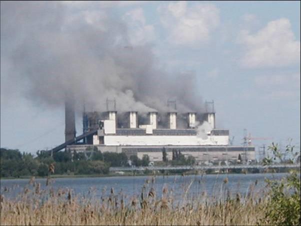 Elektrownia Pątnów  w czasie pożaru. Źródło- materiały własne